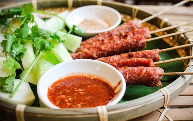 Món ăn vặt Hà Nội dù quen thuộc nhưng cứ lạnh là phải đi ăn ngay